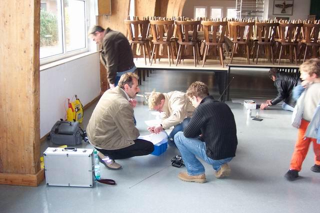 indoor_2003_12_20080124_1059341809