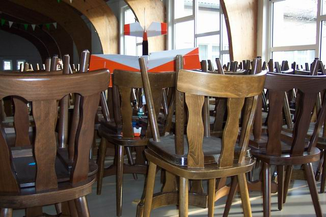 indoor_2003_59_20080124_1402146564