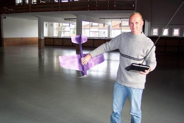indoor_2003_65_20080124_1079415055