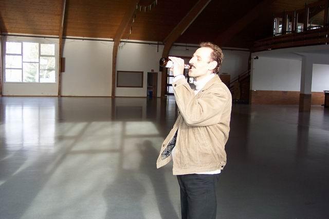 indoor_2003_80_20080124_2071202091